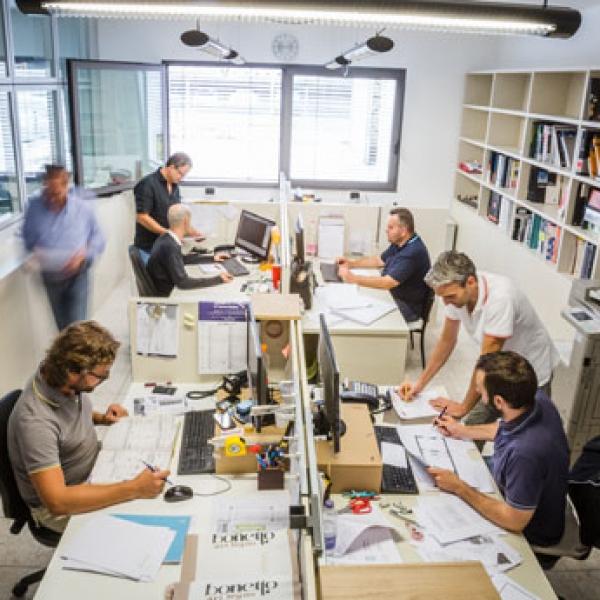 Ufficio tecnico bonetto art legno for Arredo ufficio tecnico